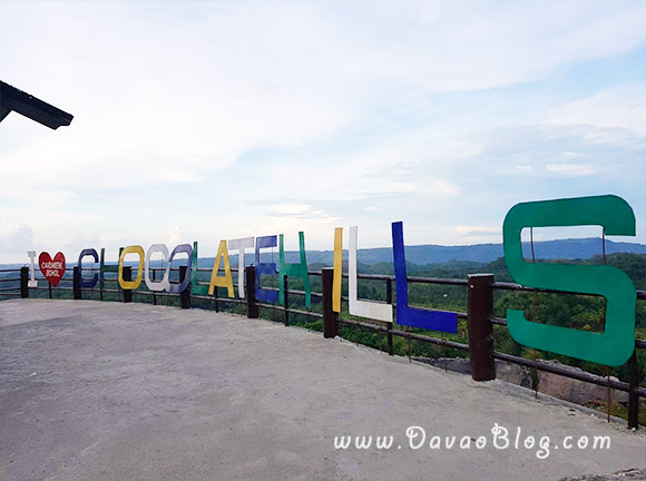 Bohol-Tourist-Spot-Chocolate-hills-Bohol-philippines-3