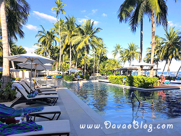 henann-resort-alona-beach-bohol-tourist-spot-in-bohol-resort-in-bohol-4